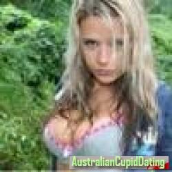 madamlove18, Australia