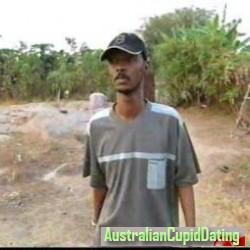 byee, Suriname